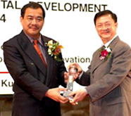 Mr. Francis Cher received the award